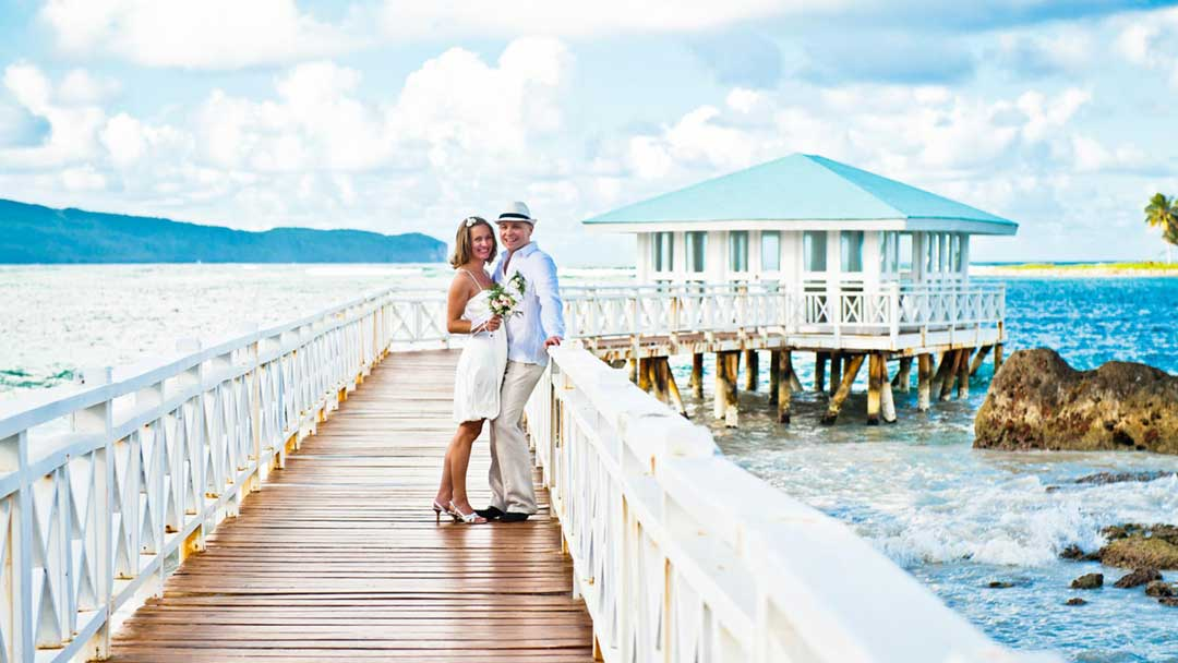 http://dominicanexpert.com/wp-content/uploads/2015/11/dominican_republic_accommodation_126_villa_serena_las_galeras_samana_honeymoon_M.jpg