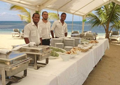 A buffet at one of our luxury villas by MI CORAZON catering