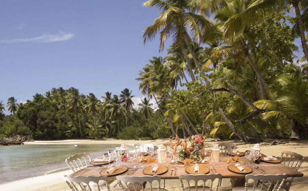 A lunch at the perfect beach, organized by WICKED and MI CORAZON
