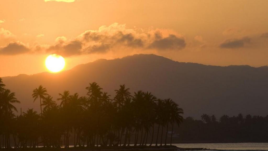 A romantic sunset at Playa Rincón in Las Galeras