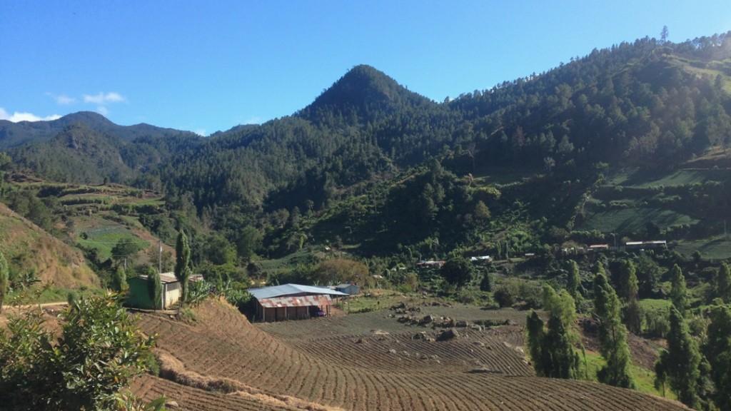 Magnificent natural landscape in the Cordillera Central