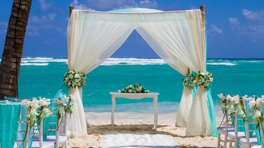 Unique resorts for your all inclusive destination wedding for Punta cana wedding resorts