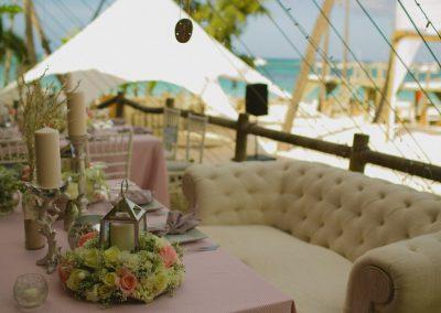 Rose table decoration elements