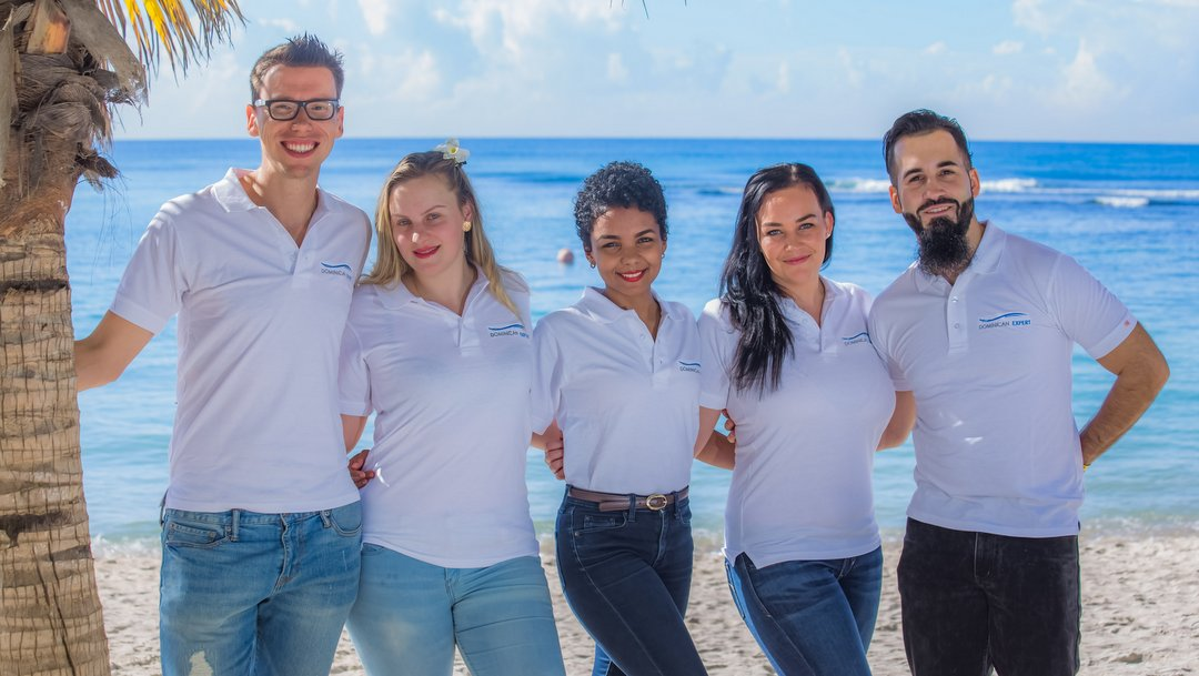 The team of WICKED Travel in our Santo Domingo office