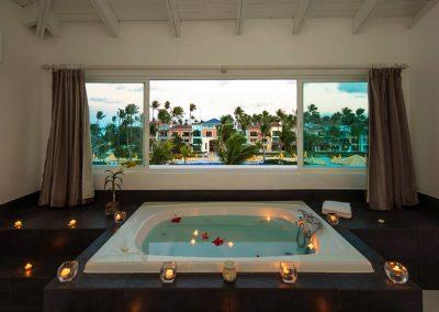 Ocean Blue & Sand, Punta Cana - Jacuzzi Suite Luna de Miel