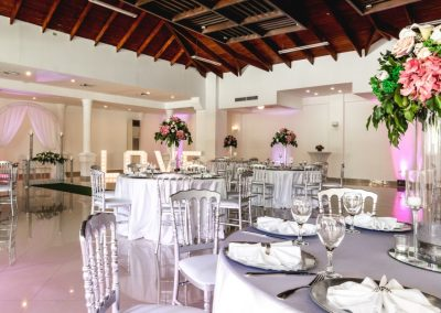 Ballroom dinner reception at the all-inclusive hotel BeLive Collection in Punta Cana