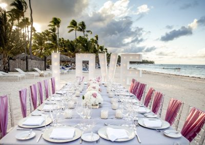 Dinner at the beah of the all-inclusive hotel BeLive Collection in Punta Cana