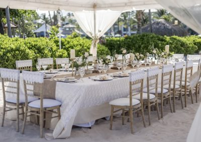 Elegant wedding reception at the all-inclusive hotel Ocean Blue & Sand in Punta Cana, Dominican Republic
