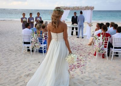 Beautiful beach wedding ceremony at the all-inclusive hotel Iberostar Hacienda Dominicus in Bayahibe, Dominican Republic