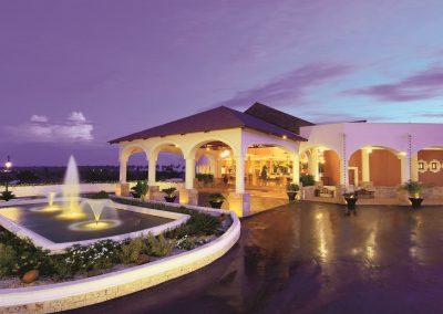 Entrance of the all inclusive hotel Dreams Punta Cana in the Dominican Republic