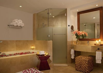 Bathroom of the Presidential Suite at the all inclusive hotel Now Larimar in Punta Cana, Dominican Republic
