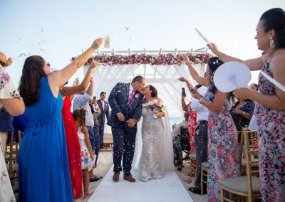 Just married! Destination wedding at the all-inclusive hotel Dreams Dominicus La Romana in Bayahibe