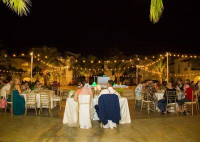 Wedding reception under palm trees at the all-inclusive hotel Dreams Dominicus La Romana in Bayahibe