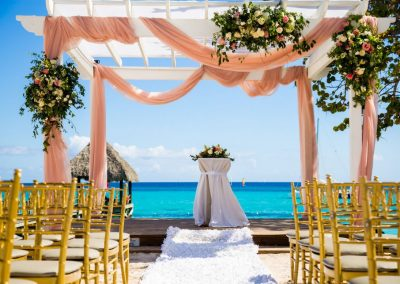 Gorgeous set-up for a beachfront wedding at the all-inclusive hotel Dreams Dominicus La Romana in Bayahibe
